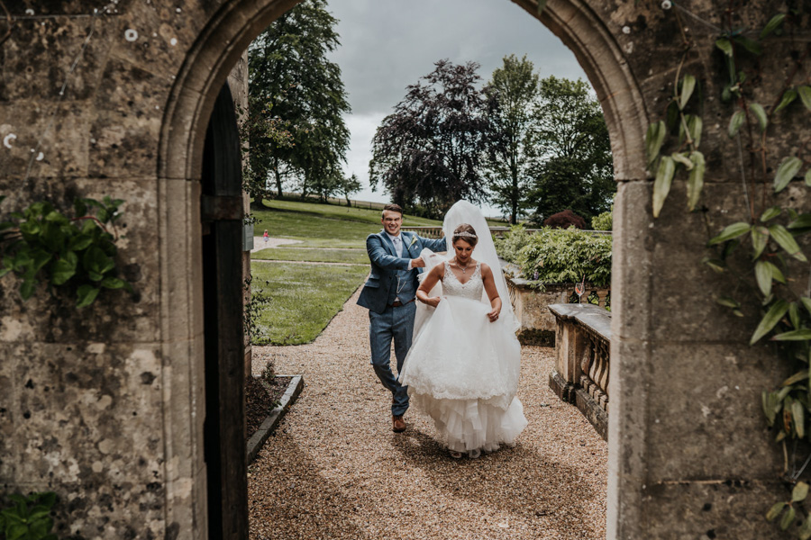 Charlotte and Dexter's minimal and elegant Coombe Lodge wedding, image credit Ryan Goold Photography (35)