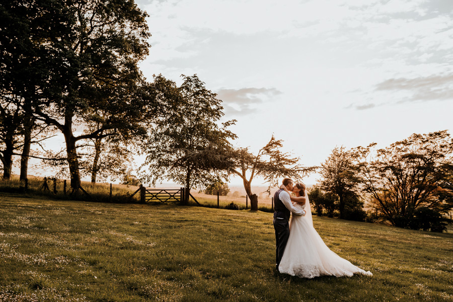 Charlotte and Dexter's minimal and elegant Coombe Lodge wedding, image credit Ryan Goold Photography (40)