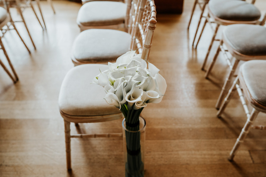 Charlotte and Dexter's minimal and elegant Coombe Lodge wedding, image credit Ryan Goold Photography (3)