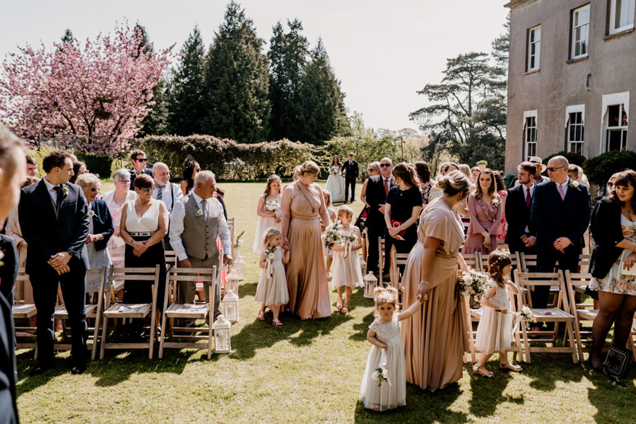 Vintage Somerset wedding with Beetles, photo credit Ryan Goold Photography (8)