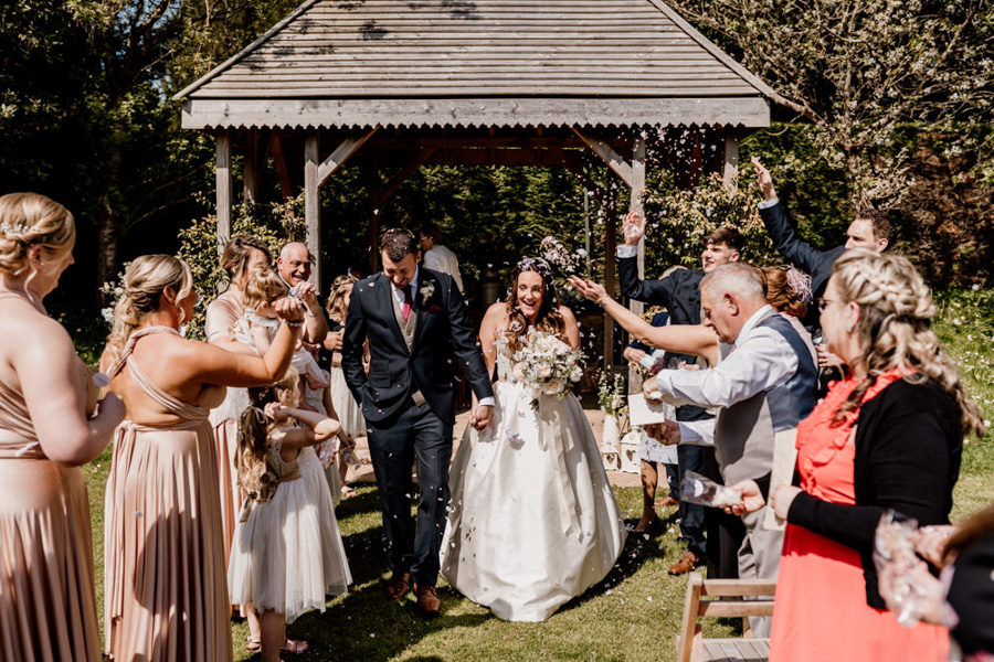 Vintage Somerset wedding with Beetles, photo credit Ryan Goold Photography (12)
