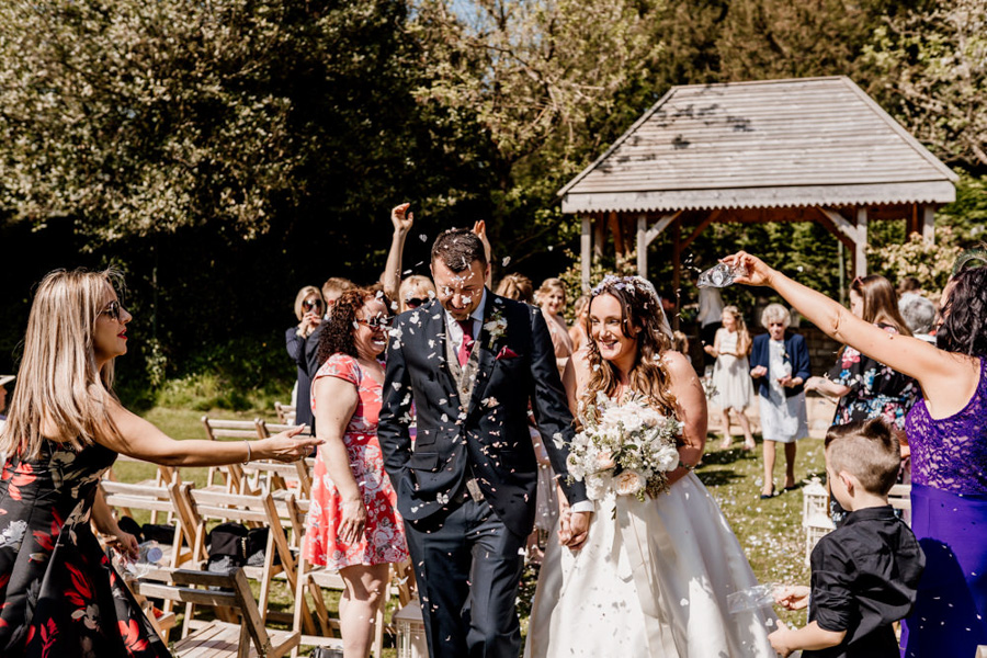 Vintage Somerset wedding with Beetles, photo credit Ryan Goold Photography (13)