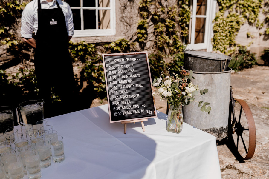 Vintage Somerset wedding with Beetles, photo credit Ryan Goold Photography (14)