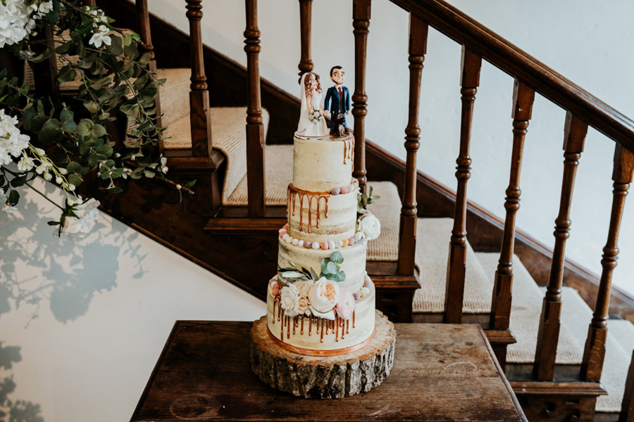 Vintage Somerset wedding with Beetles, photo credit Ryan Goold Photography (20)