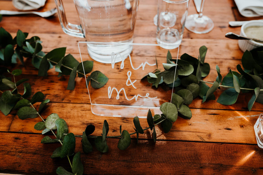 Vintage Somerset wedding with Beetles, photo credit Ryan Goold Photography (26)