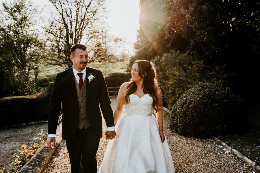 Vintage Somerset wedding with Beetles, photo credit Ryan Goold Photography (32)
