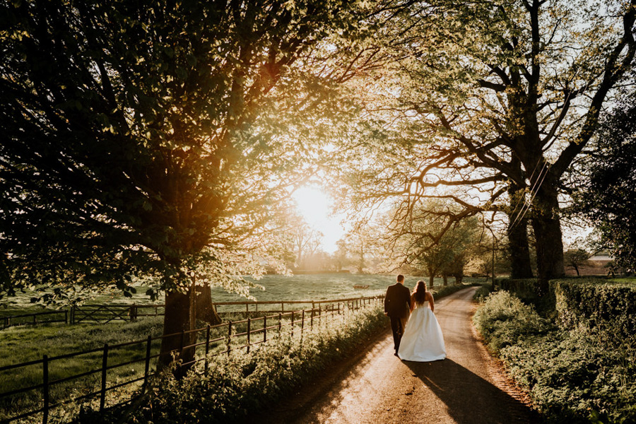 Vintage Somerset wedding with Beetles, photo credit Ryan Goold Photography (40)
