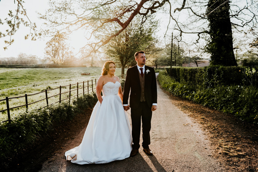 Vintage Somerset wedding with Beetles, photo credit Ryan Goold Photography (41)