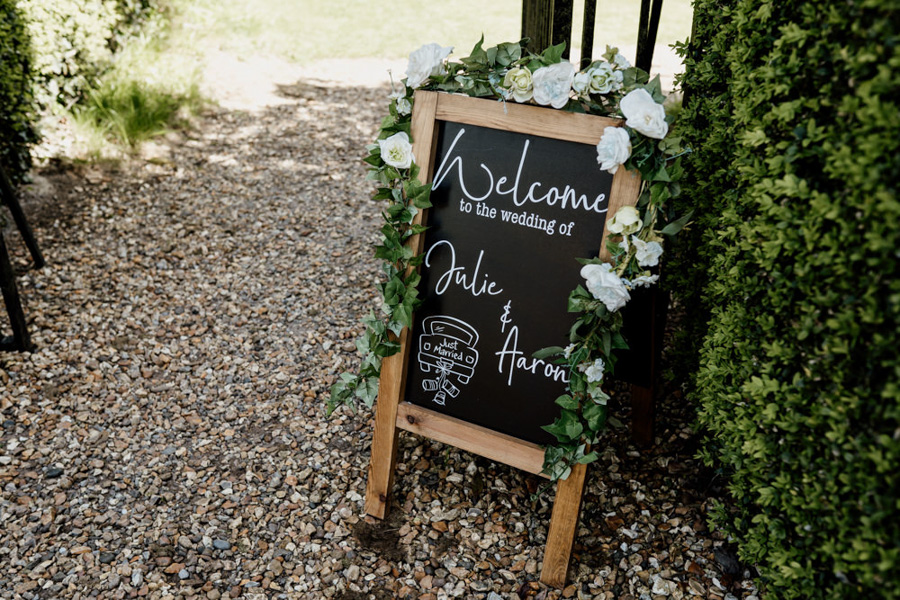 Vintage Somerset wedding with Beetles, photo credit Ryan Goold Photography (4)