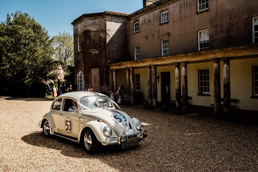 Vintage Somerset wedding with Beetles, photo credit Ryan Goold Photography (6)