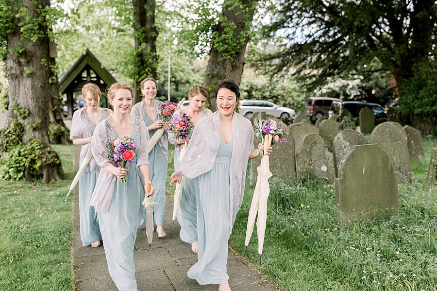An elegant english barn wedding at Upcote with Hannah K Photography on English Wedding (6)