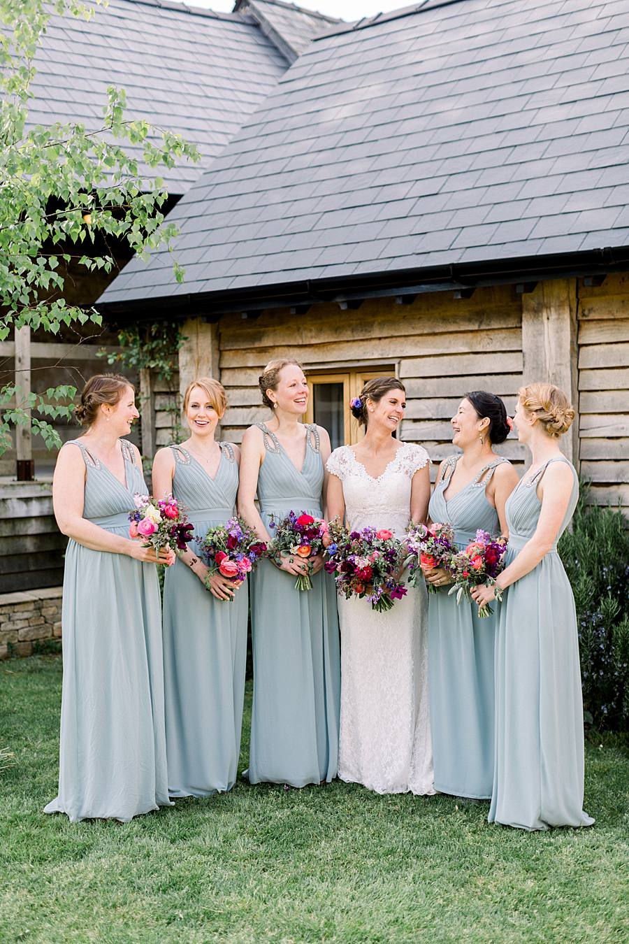 An elegant english barn wedding at Upcote with Hannah K Photography on English Wedding (22)