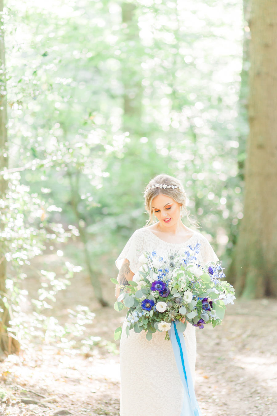 Beautiful and delicate blue tones for a woodland wedding styled by Sara's Events Flowers. Photo credit Natalie Stevenson Photography (26)