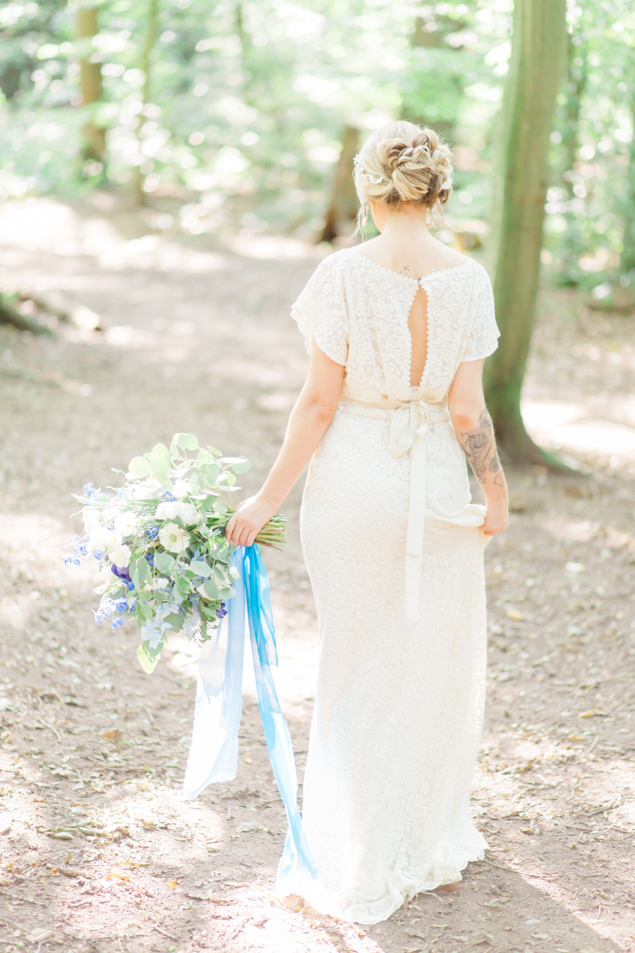 Beautiful and delicate blue tones for a woodland wedding styled by Sara's Events Flowers. Photo credit Natalie Stevenson Photography (28)