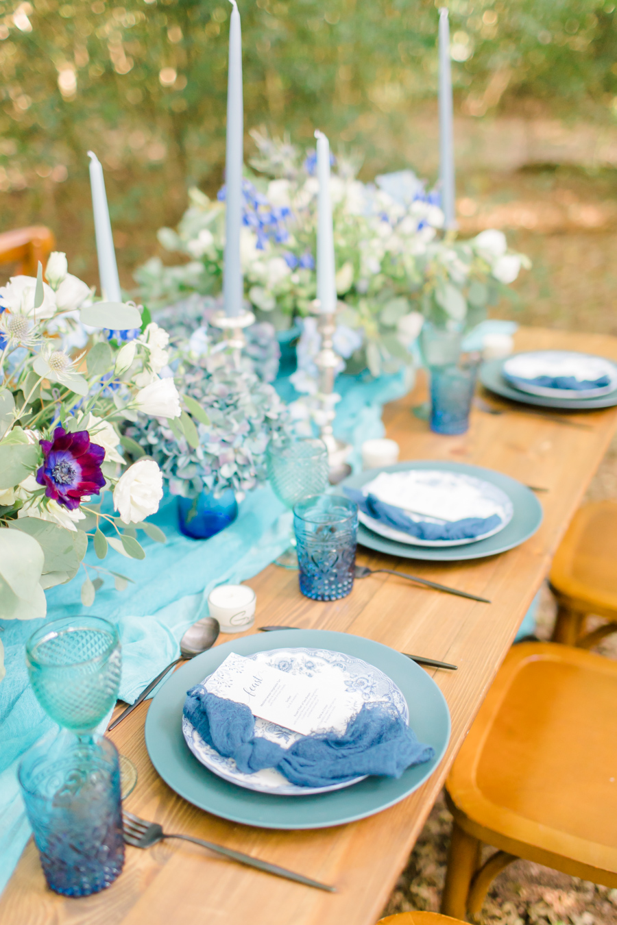 Beautiful and delicate blue tones for a woodland wedding styled by Sara's Events Flowers. Photo credit Natalie Stevenson Photography (13)