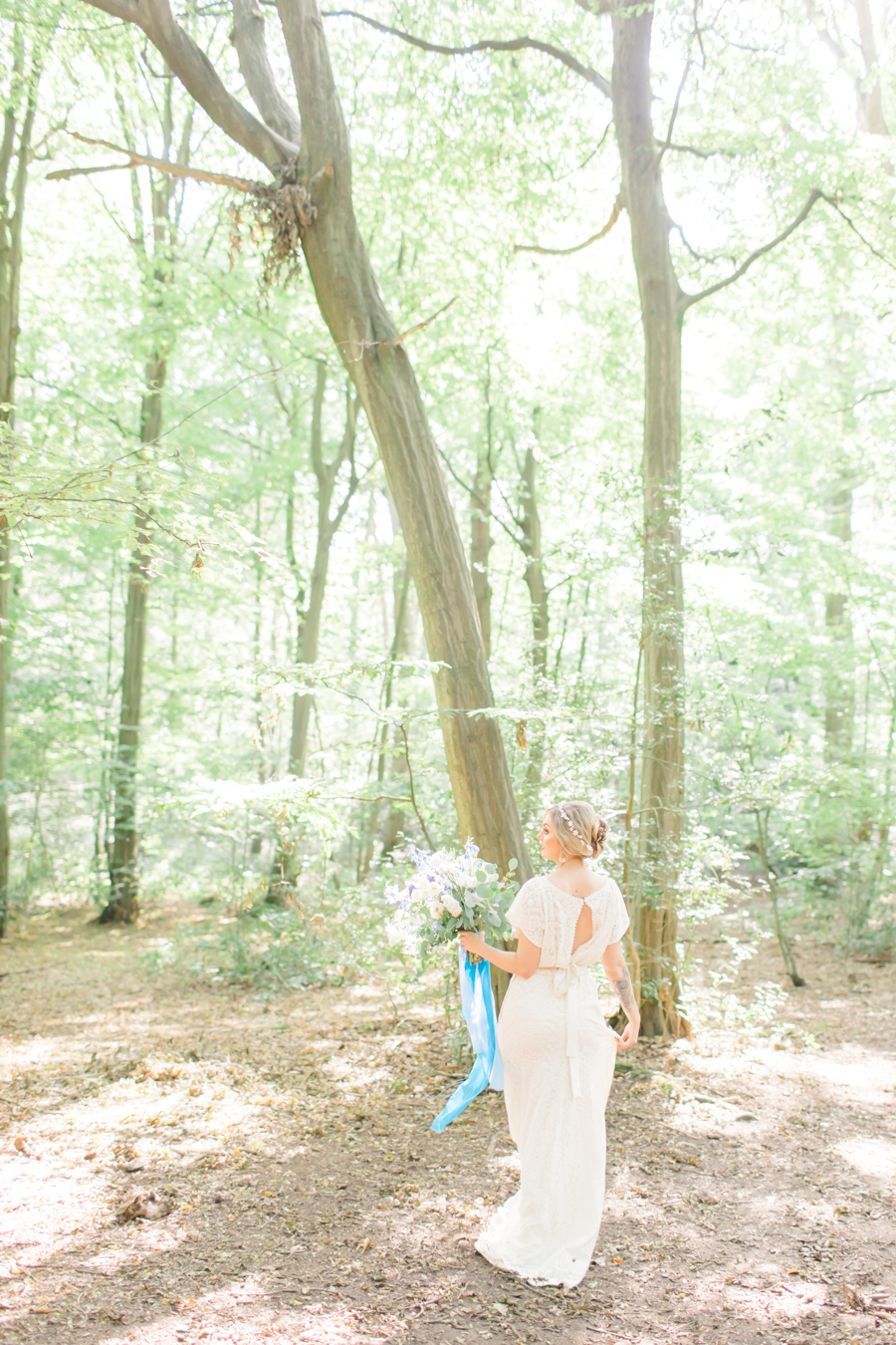 Beautiful and delicate blue tones for a woodland wedding styled by Sara's Events Flowers. Photo credit Natalie Stevenson Photography (18)