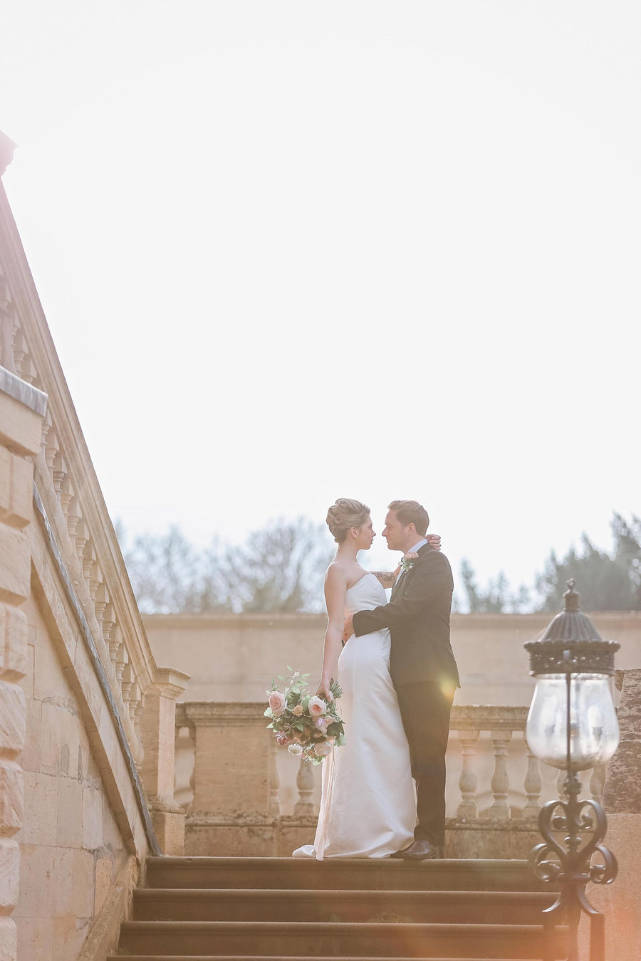 Photo credit Charlotte Wise Photography at Kirtlington Park via English Wedding Blog (26)