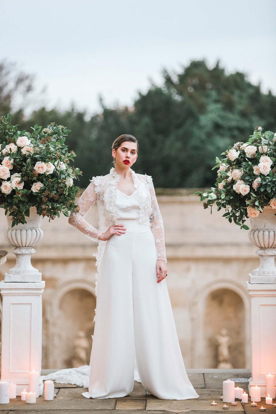 Photo credit Charlotte Wise Photography at Kirtlington Park via English Wedding Blog (24)
