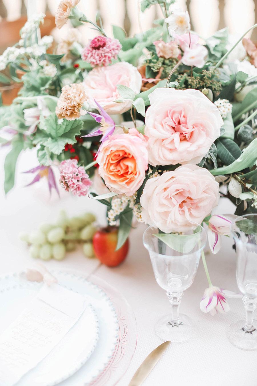 Photo credit Charlotte Wise Photography at Kirtlington Park via English Wedding Blog (17)