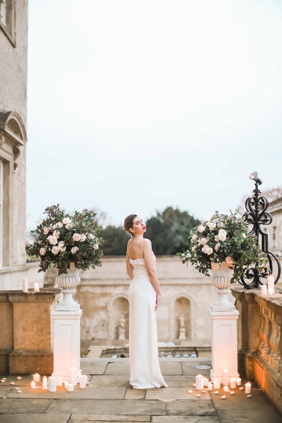 Photo credit Charlotte Wise Photography at Kirtlington Park via English Wedding Blog (3)