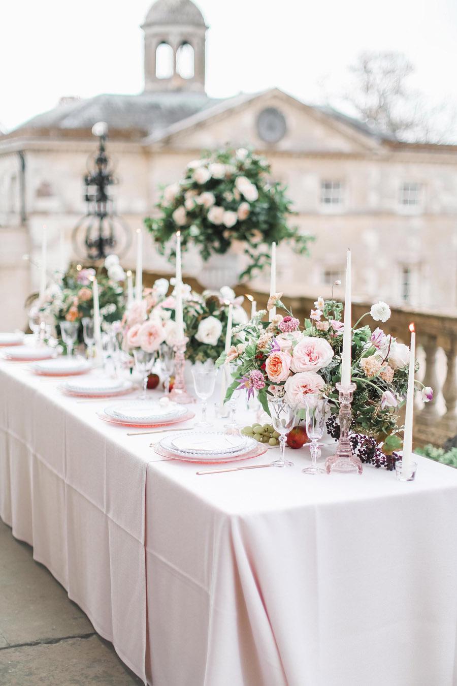 Photo credit Charlotte Wise Photography at Kirtlington Park via English Wedding Blog (31)