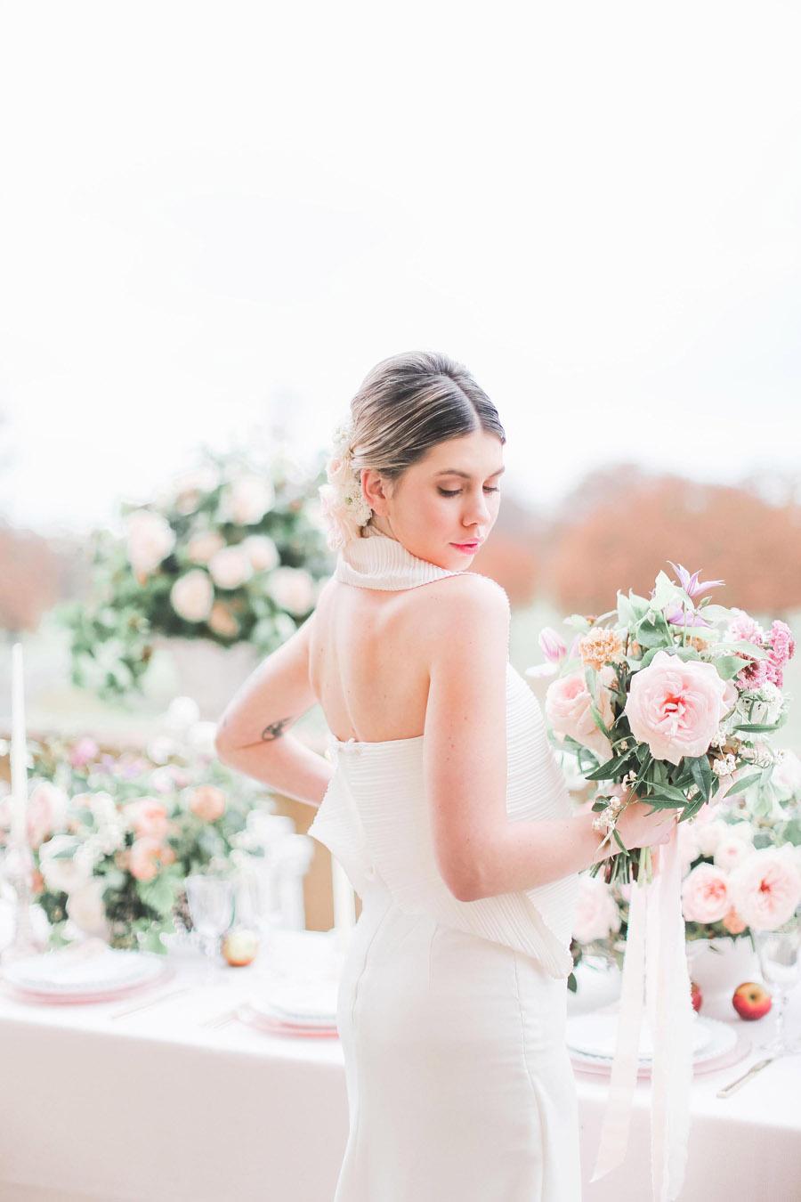 Photo credit Charlotte Wise Photography at Kirtlington Park via English Wedding Blog (28)