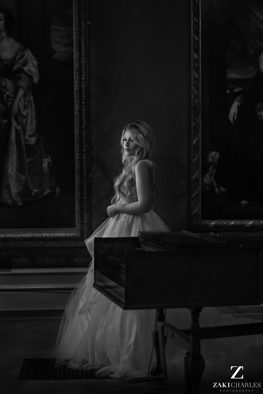 Oxford wedding photography, alternative wedding ideas from Ashmolean Museum with Zaki Charles Photography (28)