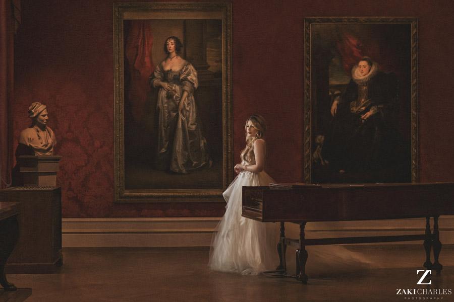 Oxford wedding photography, alternative wedding ideas from Ashmolean Museum with Zaki Charles Photography (27)