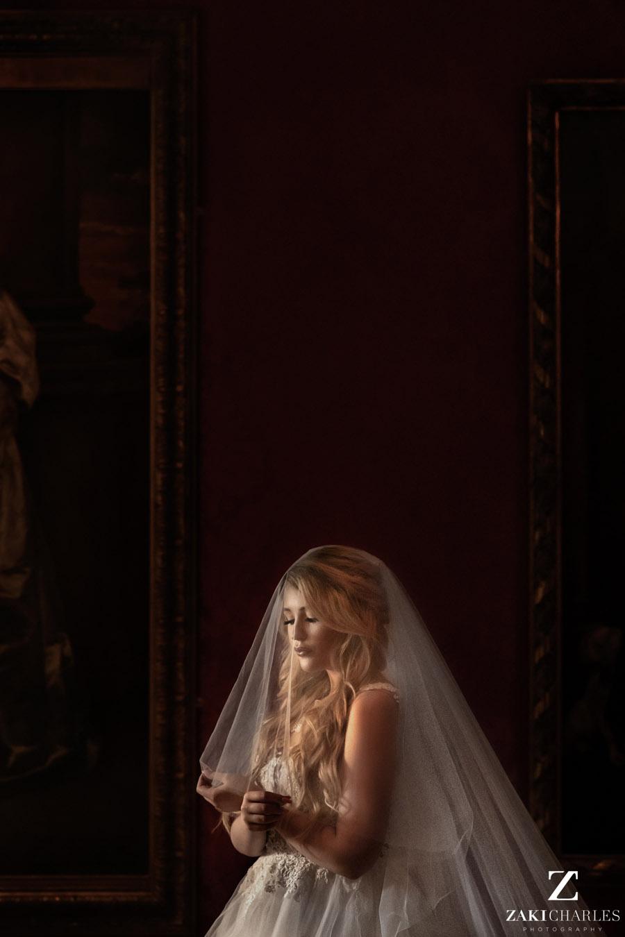 Oxford wedding photography, alternative wedding ideas from Ashmolean Museum with Zaki Charles Photography (26)
