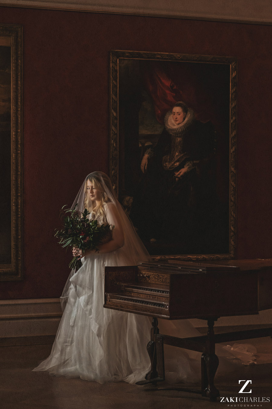 Oxford wedding photography, alternative wedding ideas from Ashmolean Museum with Zaki Charles Photography (23)