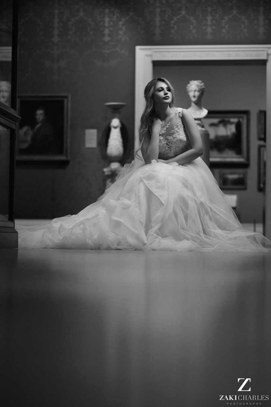 Oxford wedding photography, alternative wedding ideas from Ashmolean Museum with Zaki Charles Photography (20)