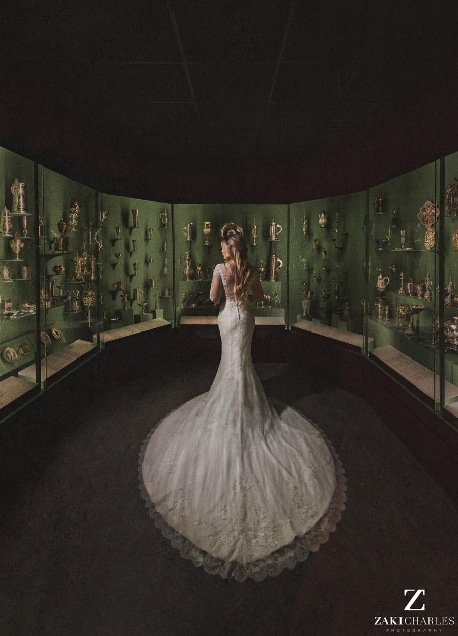 Oxford wedding photography, alternative wedding ideas from Ashmolean Museum with Zaki Charles Photography (4)