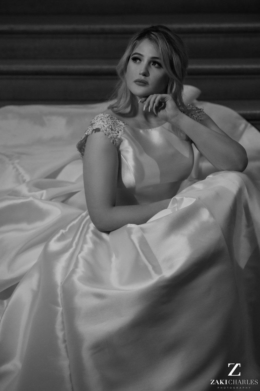 Oxford wedding photography, alternative wedding ideas from Ashmolean Museum with Zaki Charles Photography (37)