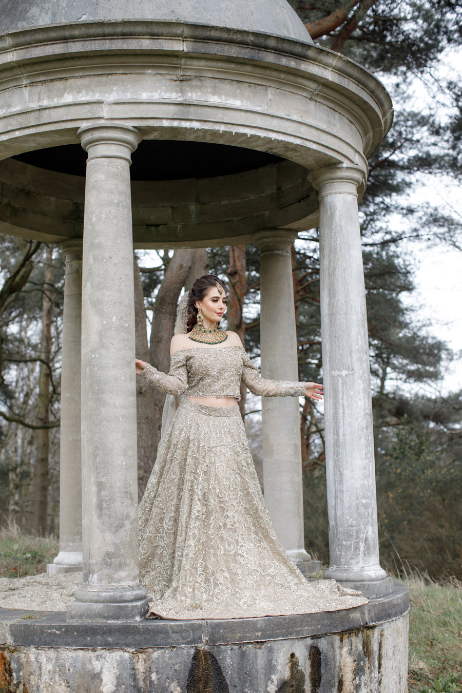 The Wedding Fairy and Zehra Photography style a modern Asian wedding shoot at Delamere Manor (36)