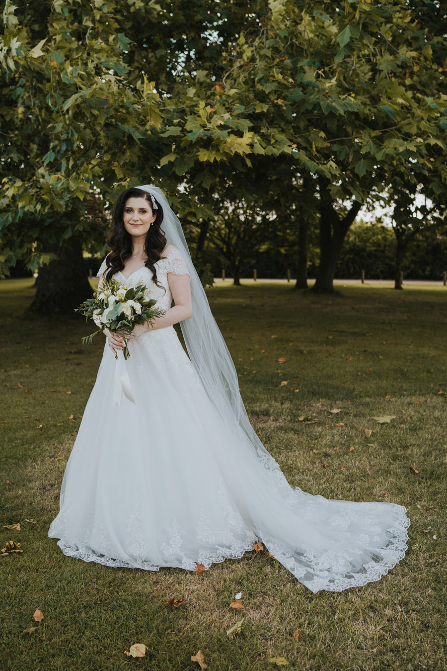Beautiful images of Lizzie and Faz's fusion wedding at Fennes. Image credit Grace Elizabeth (28)