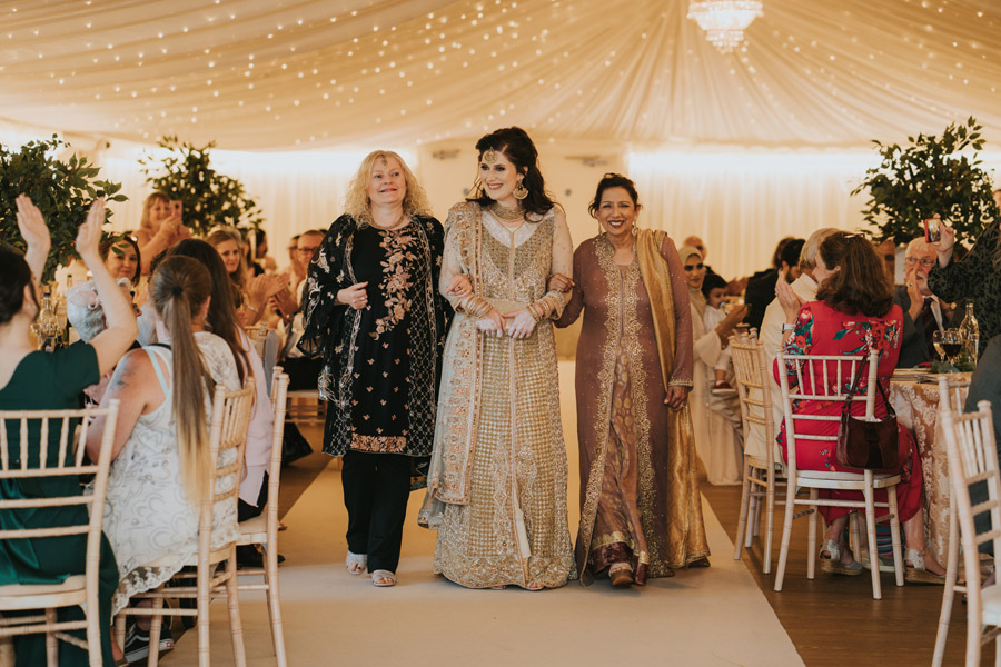 Beautiful images of Lizzie and Faz's fusion wedding at Fennes. Image credit Grace Elizabeth (48)