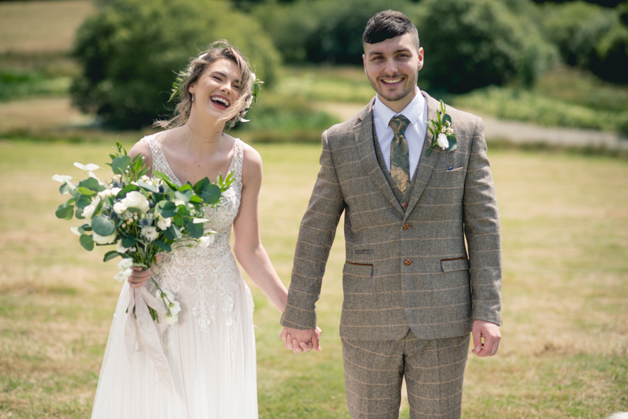 A dog friendly elopement in Cornwall - images by Iconik Photography (24)