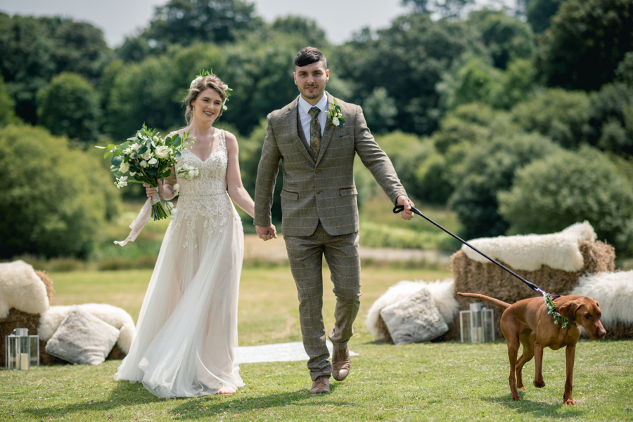 A dog friendly elopement in Cornwall - images by Iconik Photography (23)