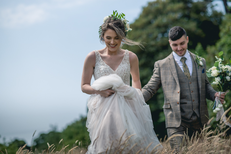 A dog friendly elopement in Cornwall - images by Iconik Photography (16)