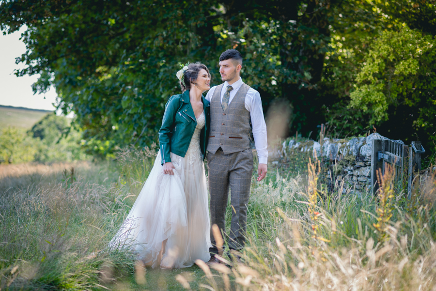 A dog friendly elopement in Cornwall - images by Iconik Photography (7)