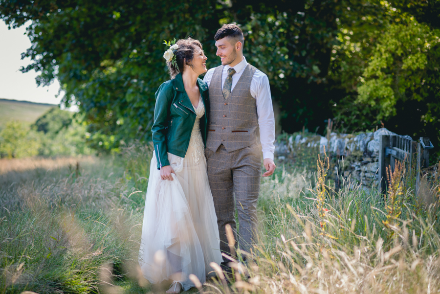 A dog friendly elopement in Cornwall - images by Iconik Photography (6)