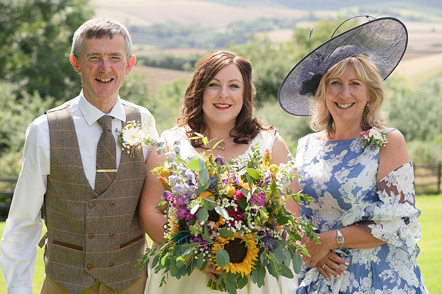 A gloriously creative Devon wedding at Eggbeer Farm, with images by Linus Moran Photography (14)