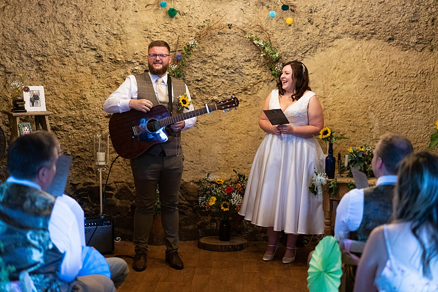 A gloriously creative Devon wedding at Eggbeer Farm, with images by Linus Moran Photography (22)