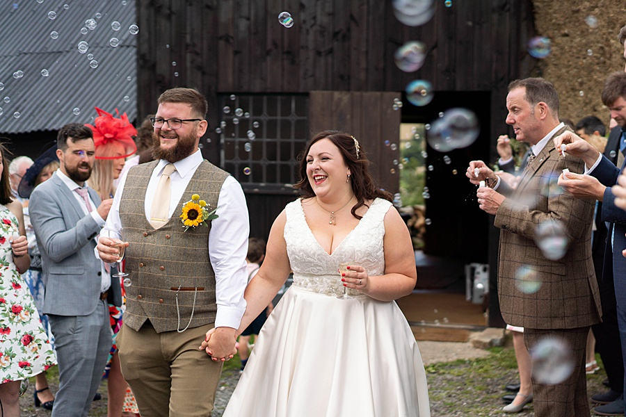 A gloriously creative Devon wedding at Eggbeer Farm, with images by Linus Moran Photography (25)