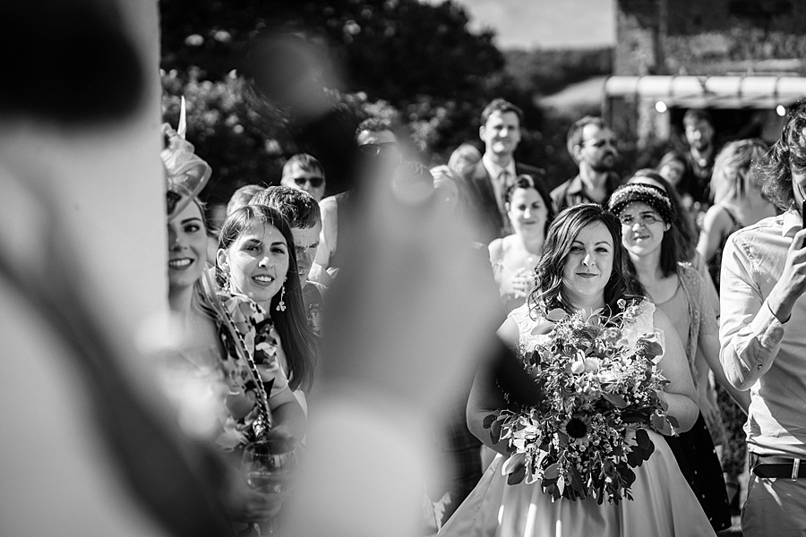 A gloriously creative Devon wedding at Eggbeer Farm, with images by Linus Moran Photography (36)