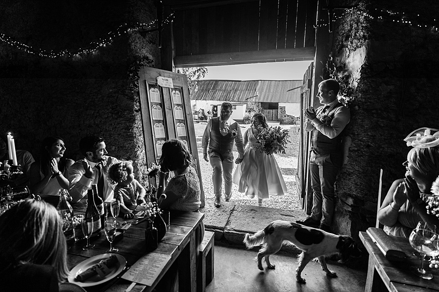 A gloriously creative Devon wedding at Eggbeer Farm, with images by Linus Moran Photography (38)