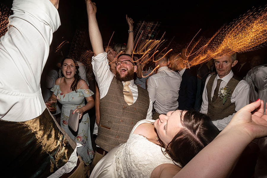 A gloriously creative Devon wedding at Eggbeer Farm, with images by Linus Moran Photography (44)