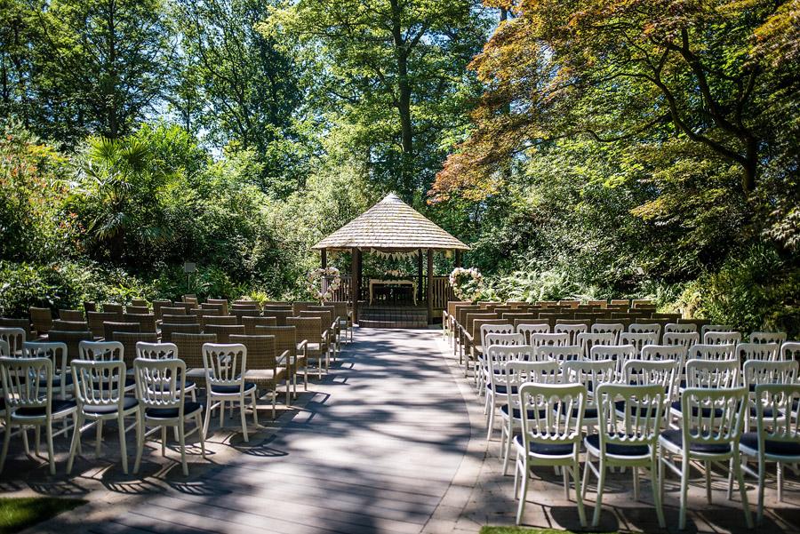 Traditional English wedding at Moxhull Hall Hotel, image credit Damian Burcher (14)