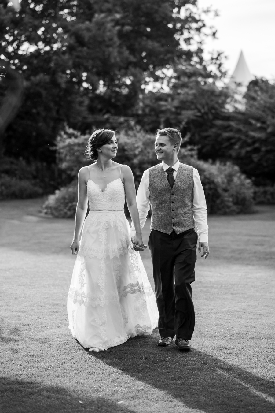 Parley Manor wedding photography by Rachel Elizabeth on English Wedding (38)