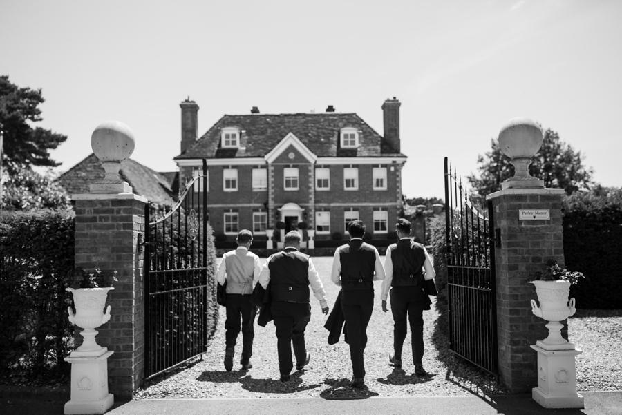 Parley Manor wedding photography by Rachel Elizabeth on English Wedding (16)